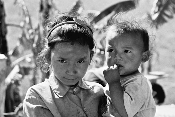 Anak-anak Nepal, TN Lantang (2000)